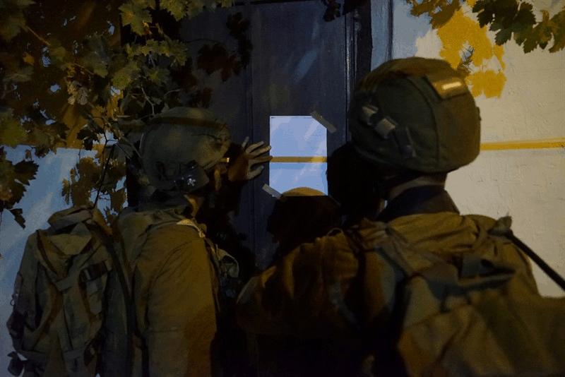 כוחות הביטחון עצרו מבוקשים תפסו נשקים וכספי טרור ביהודה ושומרון