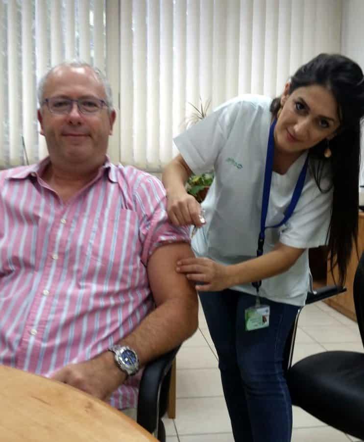 """ביה""""ח כרמל: מתחסנים נגד שפעת"""
