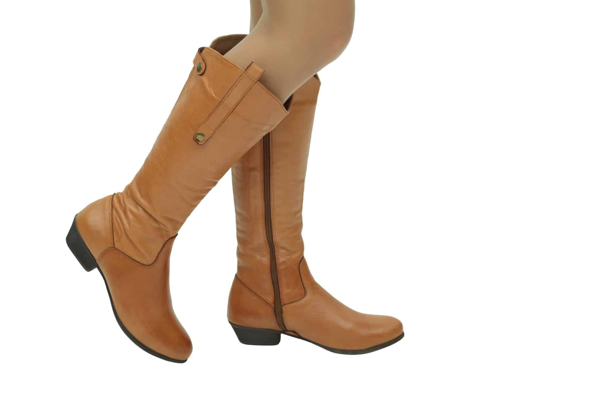 ללכת בגדול: מגפיים לנשים עד מידה 43 !
