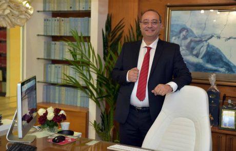 תושבת אזור חיפה החליקה בחדר האוכל  במלון באילת ותובעת פיצויים
