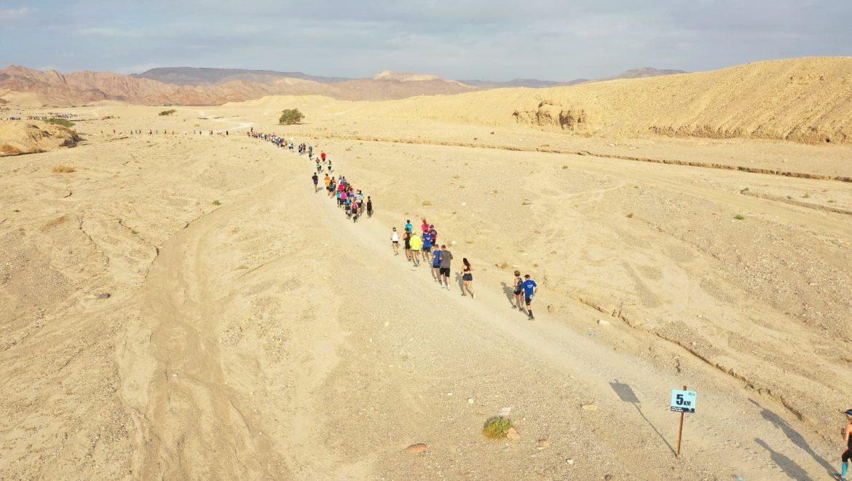 """אילת: מרתון מדברי בהשתתפות רצים מהארץ ומחו""""ל"""