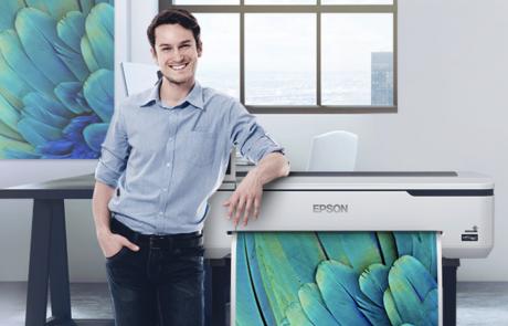Epson משיקה שתי מדפסות פורמט רחב
