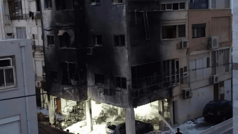 נהריה : חשד הצית מכוניות של כנו וגרם להצתת בניין