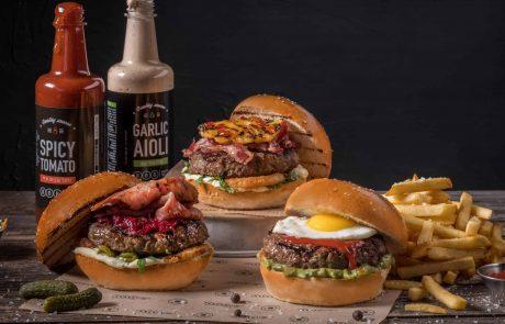 את יום האננס הבינלאומי חוגגים עם המבורגר…