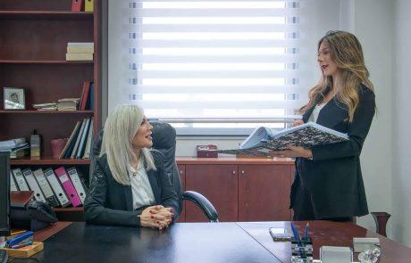 סיבת הגירושין: למדה חשפנות ומבקשת לעבוד במקצוע