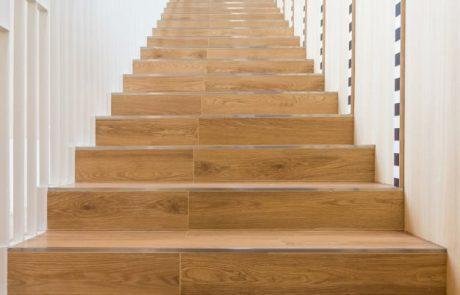 המיקום הטוב ביותר לתכנון מדרגות חיצוניות לבית