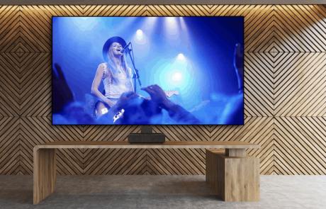 חדש בארץ: מקרן הלייזר LS500 TV 4K HDR של Epson