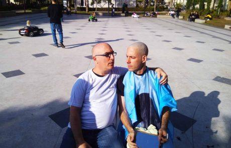 מיצג הזדהות עם חולי הסרטן לרגל יום הסרטן הבינלאומי
