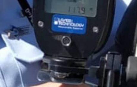 """נעצר נהג ש""""טס"""" בכביש 1 במהירות של 175 קמ""""ש"""