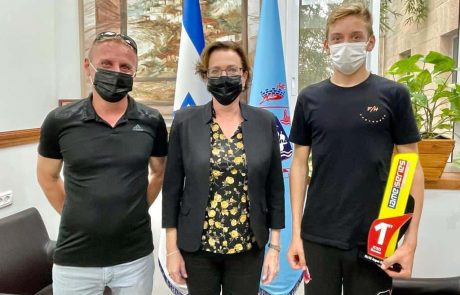 חיפה: קבלת פנים לנער אריאל אלקין – אלוף קארטינג בזירה הבינלאומית