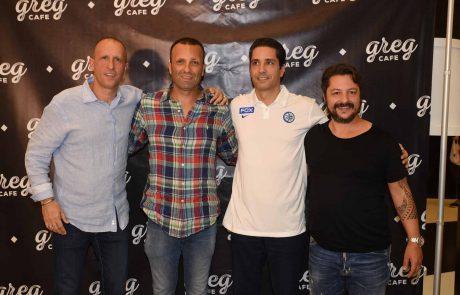 """גרג וביגה חתמו על הסכם חסות עם מועדון הכדורסל  מכבי FOX ת""""א"""