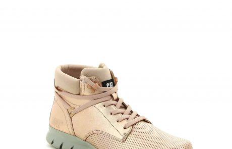 קאטרפילר משיק: קולקציית נעלי ספורט אופנתיות