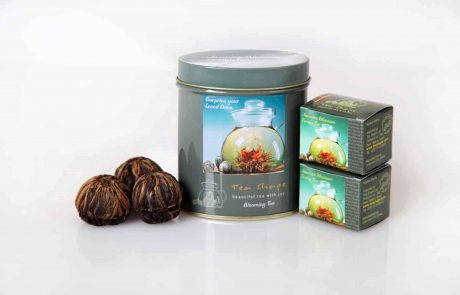 פרחים בקנקן: תה יפה, טעים ובריא!