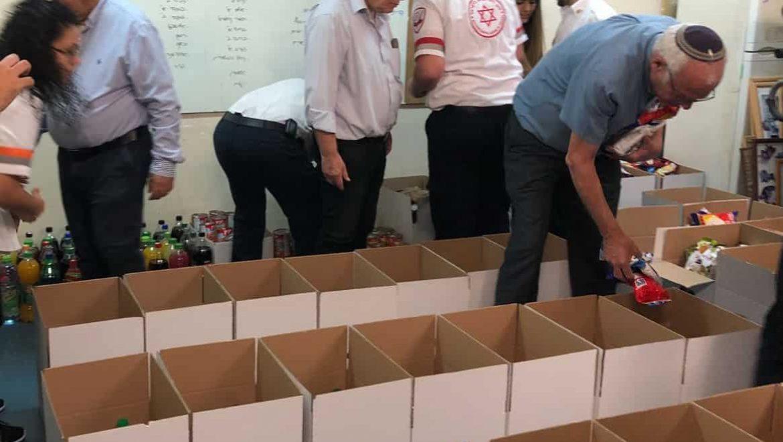 """מד""""א : למעלה מ-20,000 חבילות מזון חולקו במבצע 'קמחא דפסחא'"""