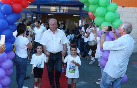 """קרית ים: ראש העיר לצוות ההוראה """"הֶיו מורים חכמי לב לילדנו"""""""
