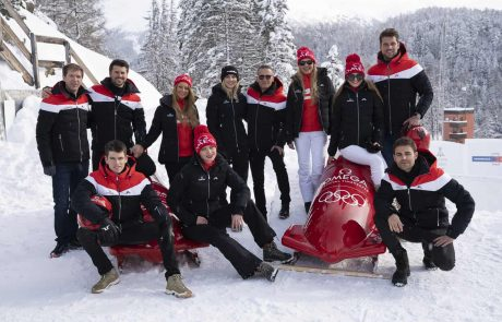 השקת שעון אומגה: שורה של כוכבים בינלאומיים חגגו בסקי